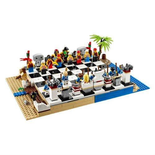 40158 Pirates Chess Set